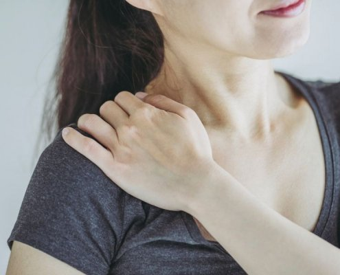 Chiropractor for Shoulder Pain